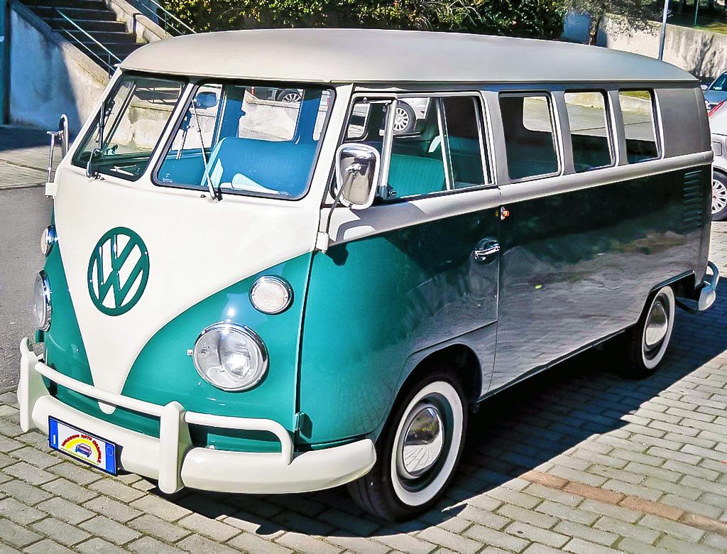 Noleggio pulmino t1 bianco e verde del 1968 matrimonio for Furgone anni 70 volkswagen
